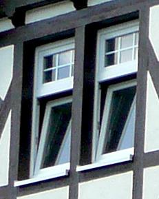 Fenster Fachwerkhaus fenster einbau dachfenster denkmalschutz fenster
